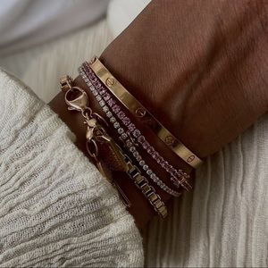 18K Rose Gold 4.03 Carats Pink Sapphire Tennis Bracelet